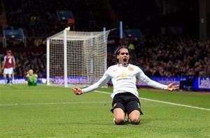 Man City gana y empata en la cima con Chelsea