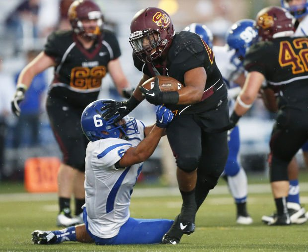 Defending champ Salpointe opens with easy win