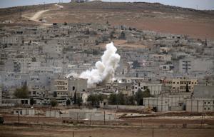 """Kerry: Sería """"irresponsable"""" no ayudar a curdos"""