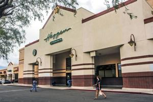 Haggen sues Albertsons for $1 billion over grocery deal