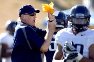 Arizona Wildcats football: Rodriguez hopes to remedy sloppy start in spring scrimmage