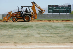 Huckelberry seeks $280K to lure pro soccer spring training