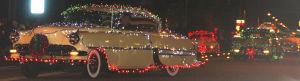 Sociales: IIluminan espíritu navideño con desfile