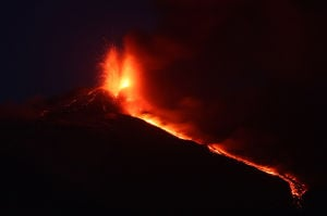 Photo of the day: Italy Etna Volcano Eruption