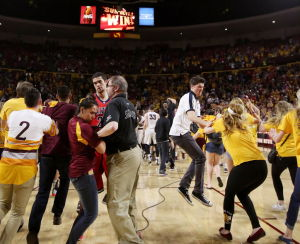 Arizona basketball: Miller favors fines for court-storming