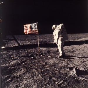 Neil Armstrong, 1st man on the moon, dies