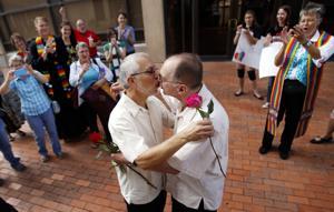 Obama: La mejor decisión del Supremo fue no pronunciarse sobre las bodas de los gays