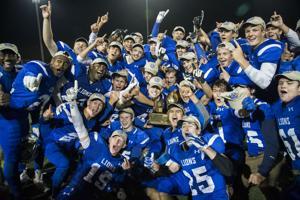 The 137 best high school football photos of the 2015 season