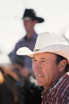 Thumb injury won't stop Phoenix roper