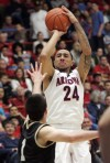 Arizona Wildcats Lavender in the zone from three