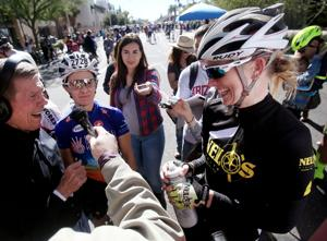 El Tour de Tucson: Apparent tie in women's 104-mile title