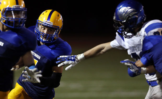 Sahuarita holds off Foothills to move to 5-0