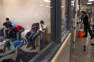 Piden mejoras en centros de detención