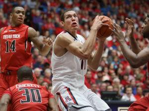 Unselfish Gordon named USA Basketball's top athlete