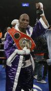 Bernard Hopkins, el boxeador de más edad en ganar título