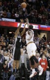 NBA Leonard hits 3-pointer in final seconds for win