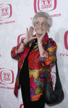 Ann B. Davis, 'Alice' of 'The Brady Bunch' dead at 88