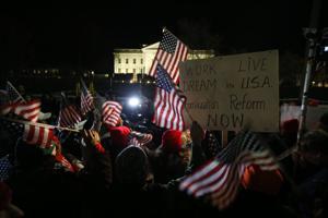 Cambios en inmigración, por encima de la norma