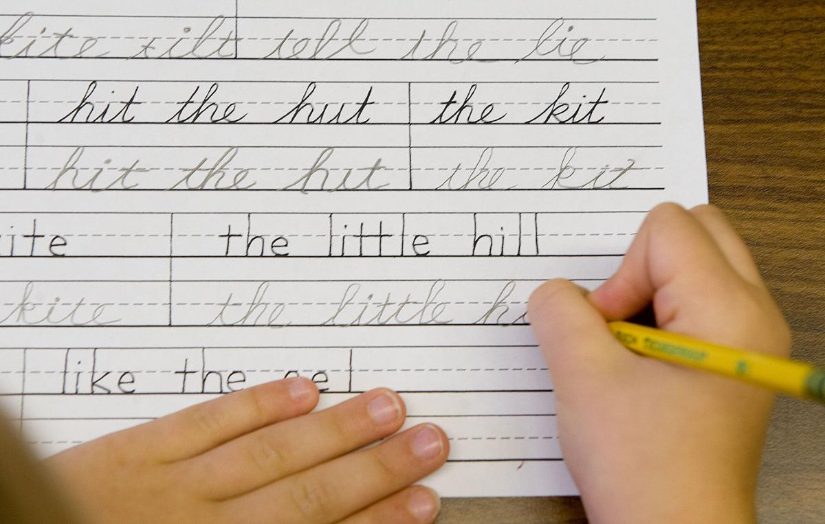 Worksheet Cursive In Schools arizona lawmakers want schools to teach cursive government and angst