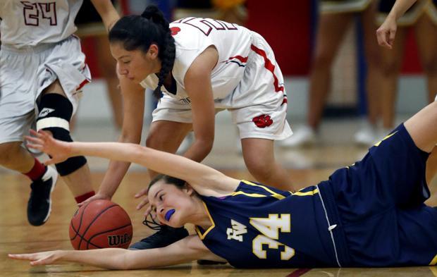 Photos: Sahuaro vs. Flowing Wells girls basketball