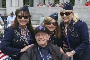 AZ veterans reflect on D-Day, service at the WWII memorial