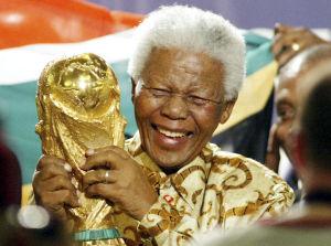 Millones en el mundo comparten vigilia por Mandela