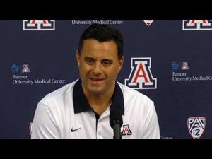 Watch: Sean Miller talks upcoming season, Ray Smith's return
