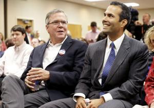 Jeb Bush en plena campaña... por su hijo