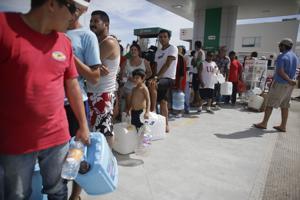 Caos e inseguridad en Los Cabos tras huracán
