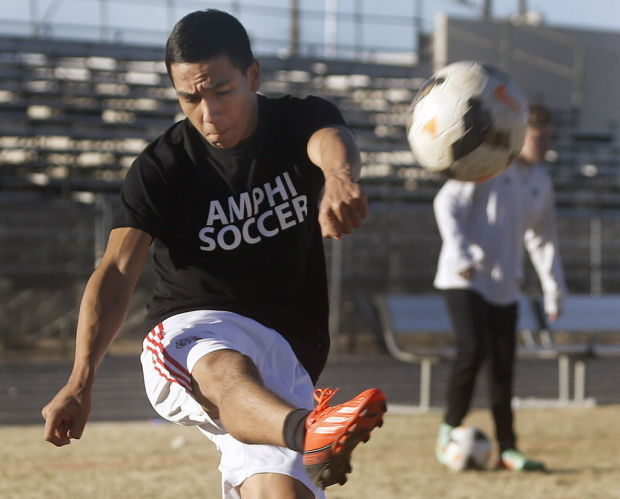 Flores' return gives Panthers spark for state