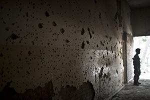 Pakistán: Mueren 77 insurgentes tras ataque a escuela