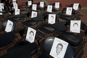 México: forenses identifican tres restos de fosas