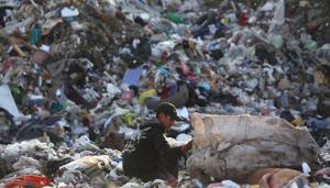 Waste pickers make their lives around Nogales dump