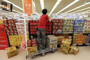 Noodles: Friend or foe? S. Koreans defend diet