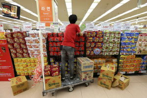 Noodles: Friend or foe? S. Koreans defend diet