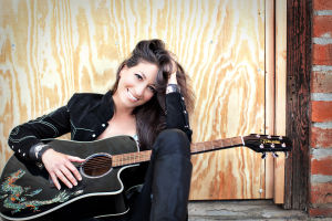 Grammy nominee Linda Chorney making Tucson debut