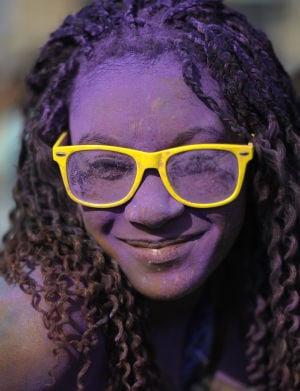 Photos: Holi festivals, run or dye