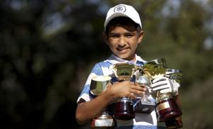 Un niño prodigio del golf se asoma en Argentina