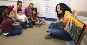 Neto's Tucson: Doctor, a success story from the barrio, tells Manzo kids that they can do it, too