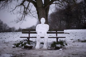 Photo of the day: Snowman relaxing in Britain