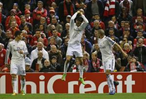 CR7 se acerca a récord y Madrid golea a Liverpool