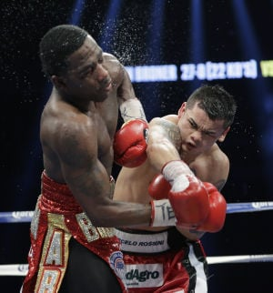 Photos: Boxing — Maidana beats Broner, more