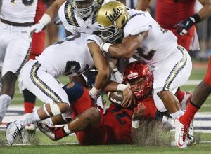 Arizona football: No. 16 Wildcats fall to No. 9 UCLA; Solomon hurt in second quarter