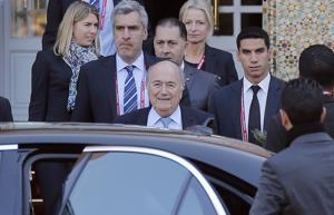 Blatter: FIFA no reabrirá votación sobre mundiales