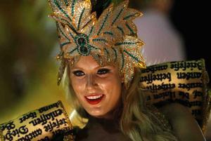 More exotic, sexy Brazil Carnival pics