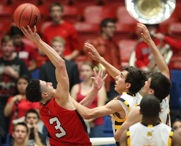 Recruiting season marks last chance for Sahuaro's Molina