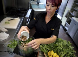 Tucson vegetarian restaurant returns to Southwest roots
