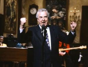 """Locutor de """"SNL"""" Don Pardo muere a los 96 años"""