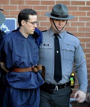 Acusado niega cargos de agresión a policías en Pennsylvania