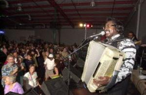 Music notes: Tidbits of Tucson music news